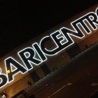 รูปภาพถ่ายที่ Baricentro โดย Hugo P. เมื่อ 6/20/2012
