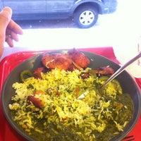 Das Foto wurde bei Bombay's Indian Restaurant von Eugene L. am 3/7/2012 aufgenommen