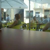 Foto tirada no(a) Pastelaria Trigal por Ricardo C. em 10/2/2011