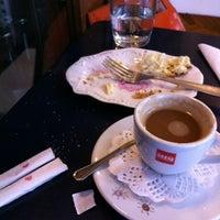 10/19/2011에 Sandy R.님이 Florencio Bistro & Patisserie에서 찍은 사진