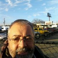 Foto tirada no(a) Mid-State RV Center por Mark M. em 12/8/2011