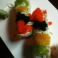 Снимок сделан в Sushi O Bistro пользователем Mandi R. 4/26/2011