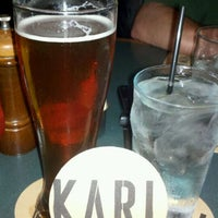 Foto scattata a Karl Strauss Brewery & Restaurant da Peter K. il 9/24/2011