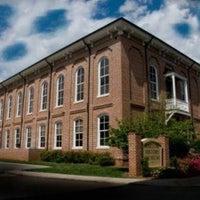 Снимок сделан в Bartow History Museum пользователем Charity C. 10/21/2011