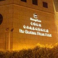 7/21/2012에 Mark K.님이 Shangri-La's Far-Eastern Plaza Hotel에서 찍은 사진