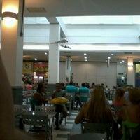 Foto tirada no(a) Nilópolis Square Shopping por Erick M. em 3/3/2012