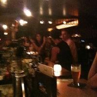 Das Foto wurde bei Bathtub Gin von Ian am 7/10/2012 aufgenommen