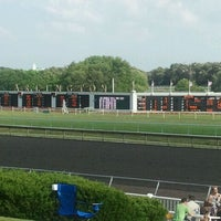 Foto scattata a Arlington International Racecourse da Janelle I. il 7/2/2011