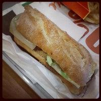 Photo prise au McDonald's par David L. le4/18/2012