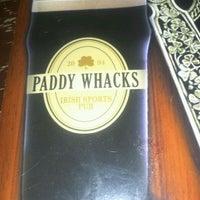 Снимок сделан в Paddy Whacks Irish Sports Pub пользователем Janine D. 11/21/2011