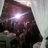 รูปภาพถ่ายที่ Chácara Chiari โดย Santusa B. เมื่อ 5/19/2012