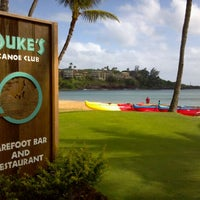 รูปภาพถ่ายที่ Duke's Kauai โดย Gordon RealTVfilms V. เมื่อ 11/27/2011