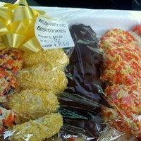 Снимок сделан в Weber's Bakery пользователем Star L. 11/2/2011