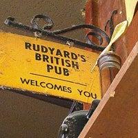 Foto scattata a Rudyard's British Pub da Chef D. il 3/30/2012