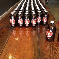 รูปภาพถ่ายที่ TRVE Brewing Co. โดย Matt S. เมื่อ 6/9/2012