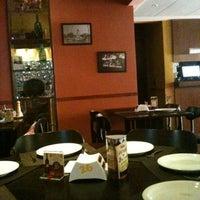 Foto scattata a Entre Amigos da Flavio D. il 3/31/2012