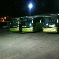 Foto tomada en Terminal Turbus por Victor P. el 6/18/2012