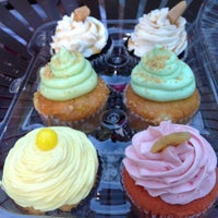 7/15/2012にBrandi B.がOMG!!! Cup & Cakesで撮った写真
