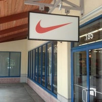 Picasso nivel Abigarrado  Nike Factory Store - Shoe Store in Florida City