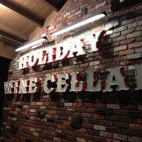 4/21/2012にJustin G.がHoliday Wine Cellarで撮った写真