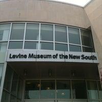 Foto diambil di Levine Museum of the New South oleh Casey E. pada 7/1/2012