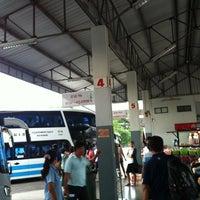 รูปภาพถ่ายที่ สถานีขนส่งผู้โดยสารจังหวัดน่าน โดย trinnakorn b. เมื่อ 8/16/2012