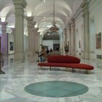 Foto tirada no(a) National Portrait Gallery por Albert C. em 6/2/2012