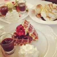 Foto diambil di Pancake Café oleh Ponly B. pada 5/20/2012