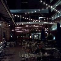 Das Foto wurde bei Tyler's Restaurant & Taproom von Danielle A. am 4/15/2012 aufgenommen