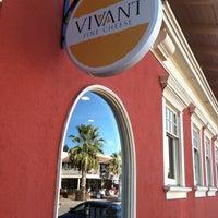 10/12/2011 tarihinde Roaming B.ziyaretçi tarafından Vivant Fine Cheese'de çekilen fotoğraf