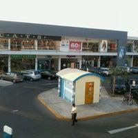 e4cb0f8cae7 Foto tomada en Lima Outlet Center por Ana L. el 6 23 2012 ...