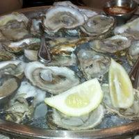 10/11/2011 tarihinde Michael N.ziyaretçi tarafından Shaw's Crab House'de çekilen fotoğraf