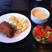 12/9/2011에 Jan K.님이 Food Garden에서 찍은 사진