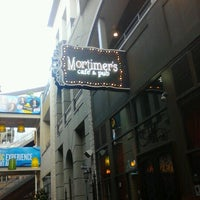 Foto diambil di Mortimer's Cafe & Pub oleh Sally P. pada 8/26/2012