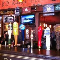 Das Foto wurde bei BD Riley's Irish Pub von Heather P. am 4/21/2012 aufgenommen