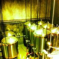 Снимок сделан в Temple Brewing Company пользователем Tom C. 8/8/2012