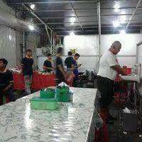 Foto tomada en Seafood45 por Davian R. el 12/19/2011