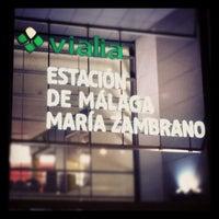 รูปภาพถ่ายที่ Estación de Málaga-María Zambrano โดย Nacho L. เมื่อ 11/3/2011