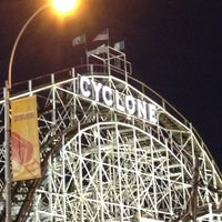Photo prise au The Cyclone par Tenicia D. le8/31/2012