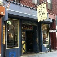 Foto tomada en The Grey Dog - Union Square por Emad A. el 3/22/2012