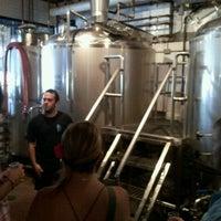 7/28/2012 tarihinde Jonathan V.ziyaretçi tarafından Haymarket Pub & Brewery'de çekilen fotoğraf