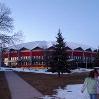 2/4/2012 tarihinde Dustin W.ziyaretçi tarafından Alliant Energy Center'de çekilen fotoğraf