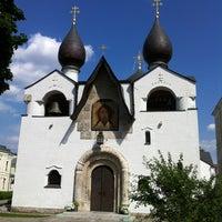 6/23/2012 tarihinde Виктор С.ziyaretçi tarafından Marfo-Mariinsky Convent'de çekilen fotoğraf