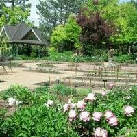 Foto tirada no(a) Denver Botanic Gardens por Fel M. em 5/30/2012