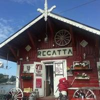 Foto tomada en Cafe Regatta por Roosa R. el 7/5/2012