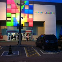 รูปภาพถ่ายที่ Shopping Metrópole โดย Valter เมื่อ 6/22/2012