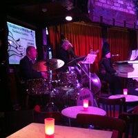 Photo prise au Brasserie & Wine Bar Toulouse Lautrec par Magnus H. le6/14/2012