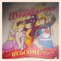 Photo taken at Dutch Wonderland by Matthew K. on 9/1/2012
