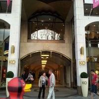 Das Foto wurde bei Kö Galerie von Kro B. am 3/24/2012 aufgenommen