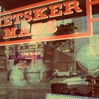 Das Foto wurde bei Metsker Maps von Taylor O. am 6/19/2012 aufgenommen